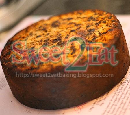 traditional-christmas-fruit-cake