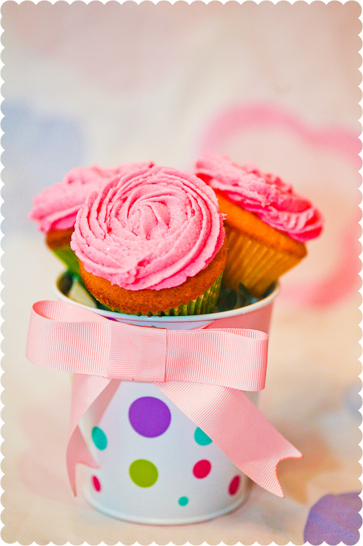 Mother's Day Pink Rose Cupcake Bouquet