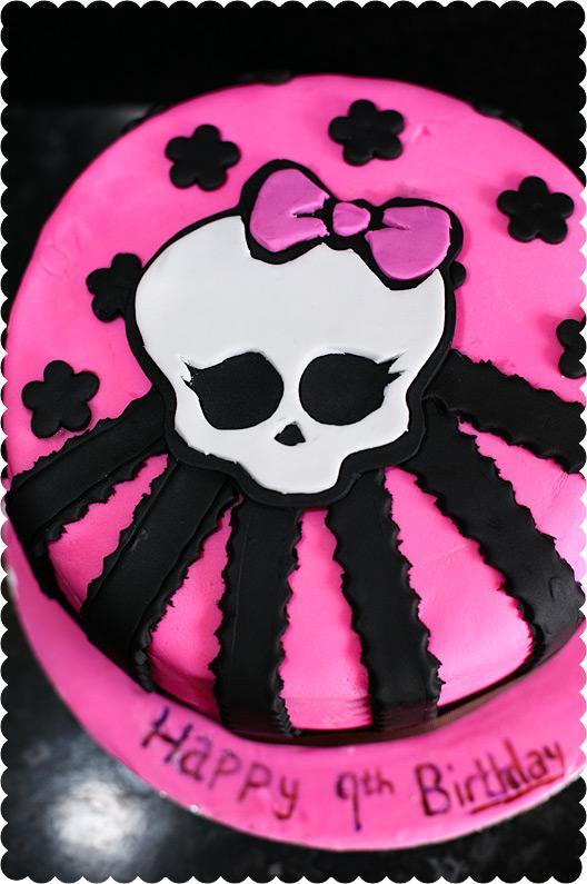 Monster high pink skull cake