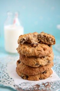 spiced-chewy-oat-and-sultana-cookies-3