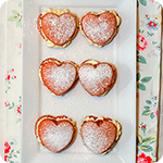 Valentine's Victoria Sponge Mini Heart Cakes