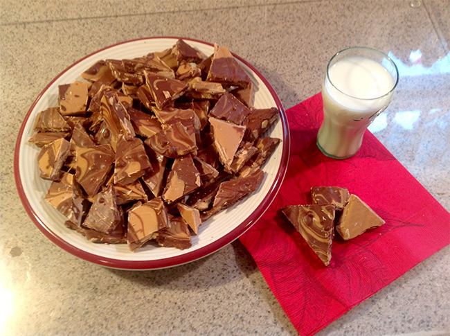 hersheys-chocolate-peanut-butter-bark.jpg